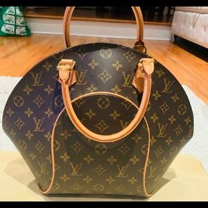 Authentic Louis Vuitton Ellipse bag